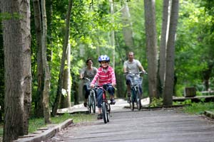 Family cycling holidays in Dordogne, France